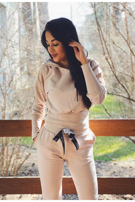 Komplety | Oferta: biala bluzka, biala spodnica, biała bluzka, biała spódnica, bluza damska, bluza z kapturem, bluzka kobieca, ubrania od polskich producentow, ciemna bluzka, ciemne spodnie, ciemny kardigan, ciemny kombinezon, ciemny komplet, ciepły kardagin, ciepły sweter, czarna bluzka, czarna tunika, czarne spodnie, dluga sukienka, dlugi sweter, długa spódnica, długa sukienka, długi kardigan, długi sweter, dres damski, elegancka sukienka, elegancki kombinezon, fajne sukienki, jak dobrac ubrania, jak dobrać ubrania, jak modnie wygladac w ciazy, jak modnie wyglądać w ciąży, jak wygladac stylowo, jak wyglądać stylowo, jak zmienic styl ubierania, jak zmienić styl ubierania, jasna bluzka, jasna tunika, jasny kombinezon, jasny komplet, jasny sweter, jasny sweterek, jesienne stylizacje, kardigan, kardigan czarny, kardigan szary, kobiece spodnie dresowe, kobiecy dres, kombinezon, kombinezon damski, kombinezon khaki, kombinezon na wesele, kombinezon safari, komplet, komplet dresowy, komplet kobiecy, komplet spodnica i bluzka, kremowa bluza, kremowa bluza z kapturem, letnie stylizacje, luzna sukienka, luźna sukienka, maxi sukienka, mini spodniczka, mini spódnica, moda w ciazy, moda w ciąży, modne ciuchy, modne kiecki, modne kombinezony, modne ubrania, modny look, ponadczasowe sukienki, ponadczasowe ubrania, rozowy sweter, różowy sweter, sklep internetowy wysyłka za granicę, sklep internetowy z ubraniami, sklep internetowy z ciuchami, sklep internetowy z sukienkami, sklep internetowy z ubraniami jaki polecacie, sklep uwielbiany przez stylistow, sklep z odzieza, sklep z odzieżą, sklep z ubraniami online, sklep z ubraniami wysylka za granice, spódnica boho, spodnica dluga, spodnica i bluza, spodnica i bluzka, spodnica maxi, spodnica z falbana, spodnica z falbanami, spodniczka z falbanami, spodnie damskie, spodnie damskie 3/4, sportowa sukienka, spódnica boho, spódnica i bluza, spódnica i bluzka, spódnica maxi, spódnica z falbanami, spódnica z falbaną, styl dla kobiet, styl dl